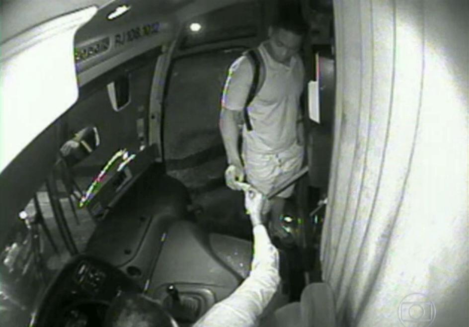 imagens de assaltos em ônibus